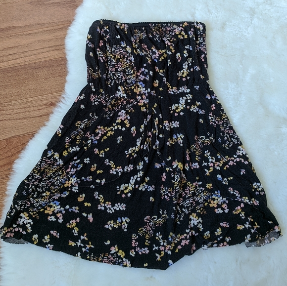 Urban Outfitters Dresses & Skirts - UO kimchi blue short floral dress